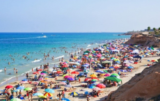 One million Brits search for Costa Blanca holidays in the last 2 weeks